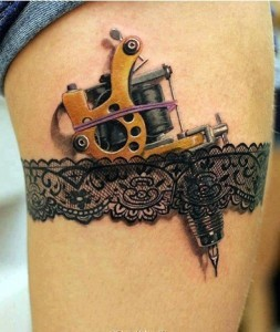 Tattoo-Machine-in-Garter-Tattoo-253x300